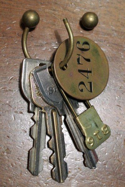 画像3: 【普通郵便120円でも可】 【Vintage】 真鍮製 キーリング/キーホルダー +ナンバリングタグ+ランドリーピン B