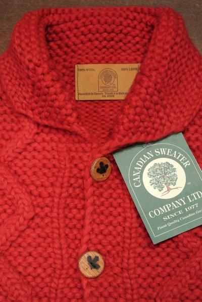 画像3: CanadianSweater カナディアンセーター フロントウッドボタンカーディガン カウチンセーター(Red/38) 新品