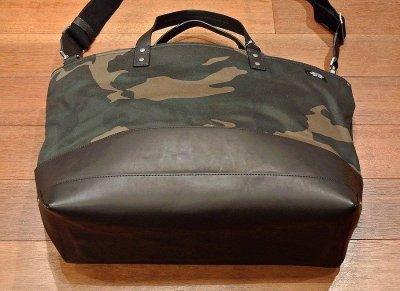 画像2: JACK SPADE(ジャックスペード) カモツイル×レザー トート+ショルダーバッグ CAMO WAXWEAR COAL BAG ( Camo×Black)  新品 並行輸入