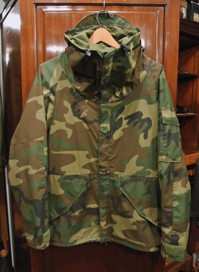 画像1: USED 05年 U.S.ARMY ECWCS GEN1 ゴアテックスパーカー(M-S) ウッドランドカモ