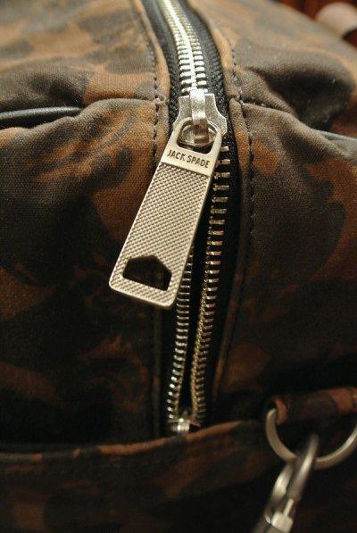 画像3: USED JACK SPADE(ジャックスペード) オイルドコットン フラワーカモ ダッフルバッグWaxed Floral Camo Barrel Duffel  Bag (Floral) 中古