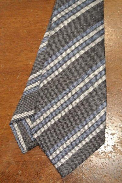 画像2: 【クリックポスト198円も可】kiton キートン シルク ネップ生地 ストライプネクタイ(Gray) イタリア製 定価¥31900