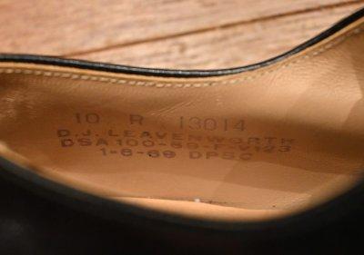 画像2: 69年製 デッドストック U.S NAVY D.J.LEAVENWORTH 社製 6アイレット レザーソール サービスシューズ 【10-R】